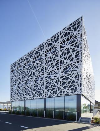 hognoul, easy energy, easy cube, businesslife, flexdesk, nieuwbouw, total, tankstation, mathieu gijbels, bouwbedrijf, aannemerq