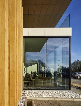 gova meubelen lier gevel renovatie inkom bouwbedrijf mathieu gijbels limburg oudsbergen
