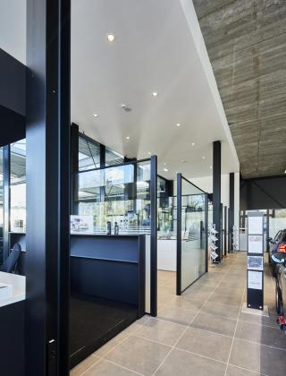 DaVo Tongeren, BMW & MINI Concessie, nieuwbouw, garagebouw, Mathieu Gijbels