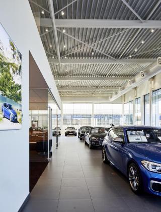 Mathieu Gijbels uit opglabbeek bouwt nieuwbouw concessie voor BMW van Osch in Zonhoven