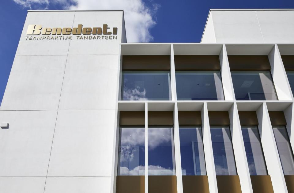 tandartsenpraktijk benedenti herentals nieuwbouw bouwbedrijf mathieu gijbels oudsbergen limburg
