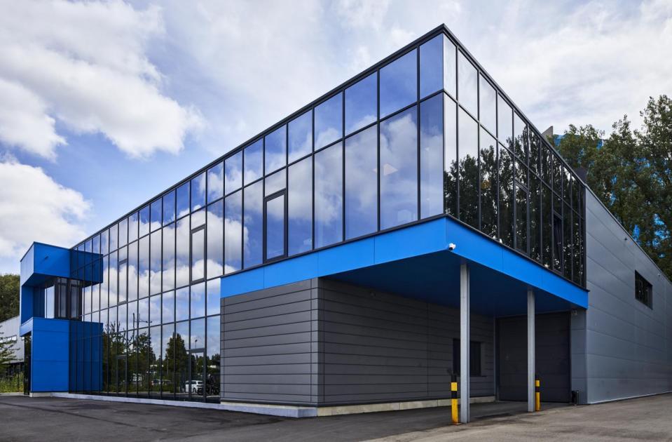 We zijn trots dat we de bouwdroom van Garage De Maeyer mochten realiseren.