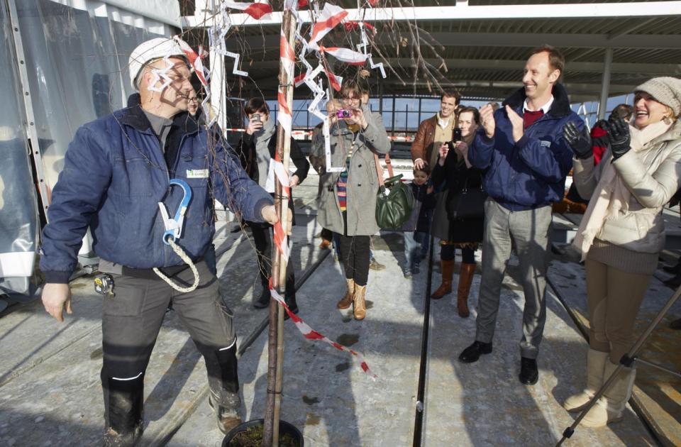 delorge business park hasselt volkswagen audi nieuwbouw garage bouwbedrijf mathieu gijbels limburg oudsbergen meiboom planting