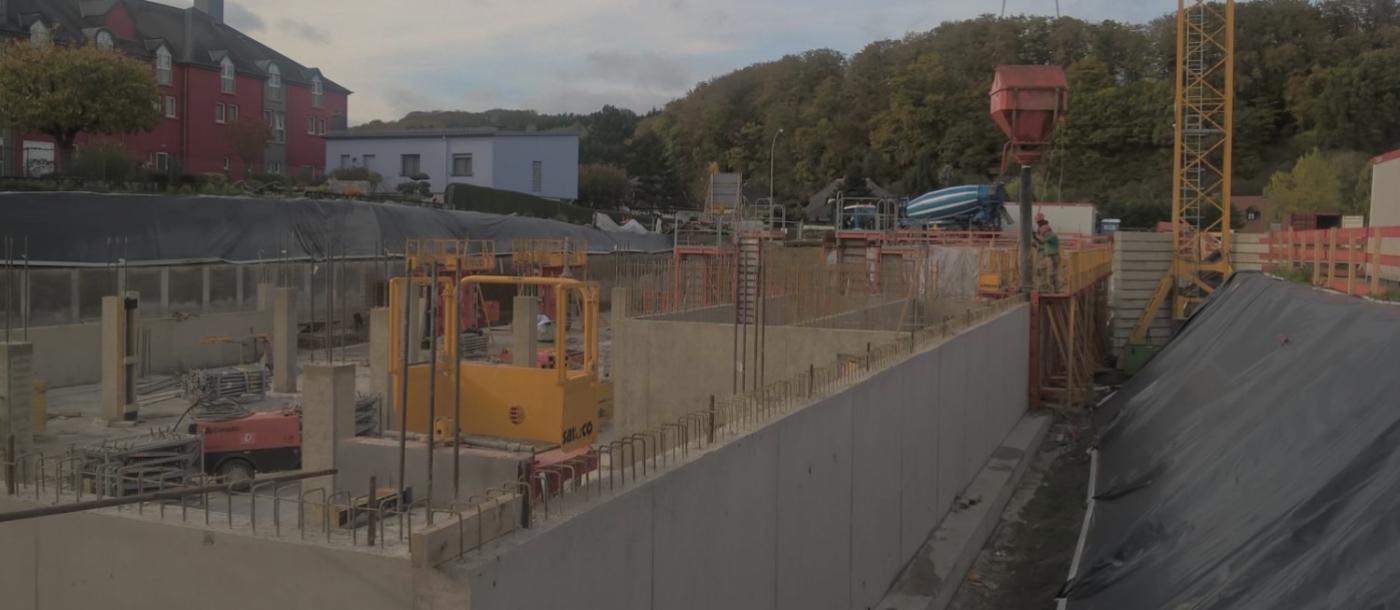 Pour le compte de FINN, nous construisons à Luxembourg un immeuble de bureaux.