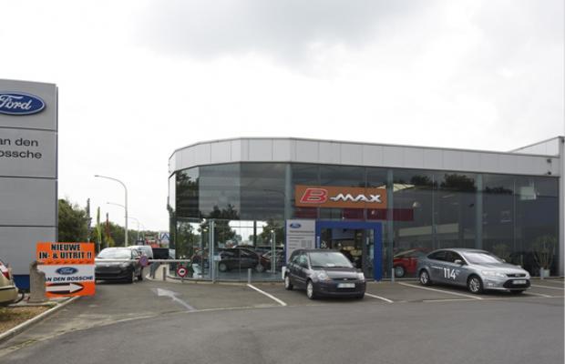 Van Den Bossche - Ford - gevelaanpassing