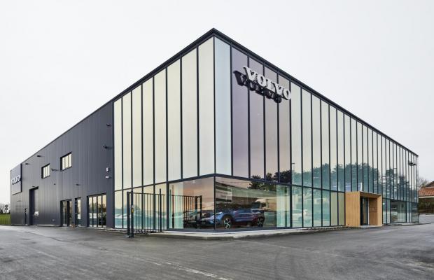 Volvo Reiff verenigt 2 concessies op nieuwe site