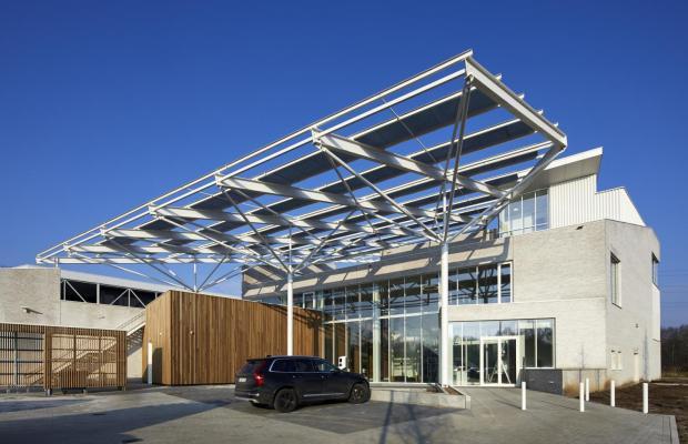 De Confederatie Bouw Limburg heeft de opdracht voor de bouw van de nieuwe Bouwcampus toegewezen aan Mathieu Gijbels en HVC Architecten.