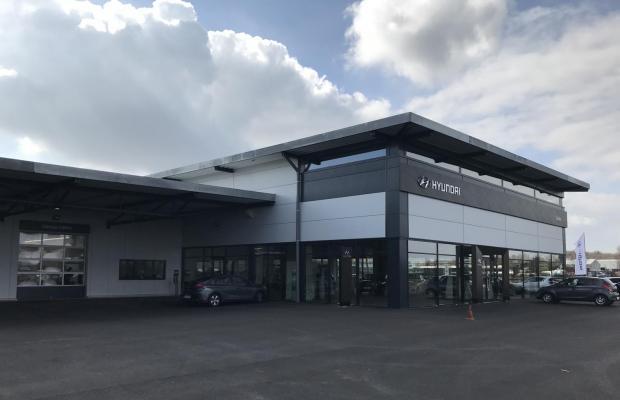 Autohaus Sazma Duren garage garagebouw bouwbedrijf Limburg oudsbergen Mathieu Gijbels