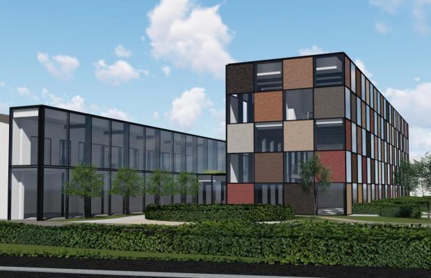 Op 14 mei 2018 werd de aftrap gegeven van de bouwwerken aan het nieuwe kantoor van familiebedrij Steenbakkerij Vande Moortel. In aanwezigheid van zaakvoerder Peter Vande Moortel, Mathieu Gijbels, TARCH architectenbureau en burgemeester van Oudenaarde Marnic De Meulemeester werd de eerste kolom geplaatst op de werf.