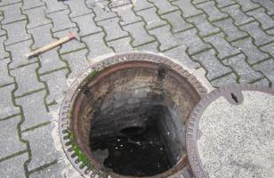 Modification de taques d'égout
